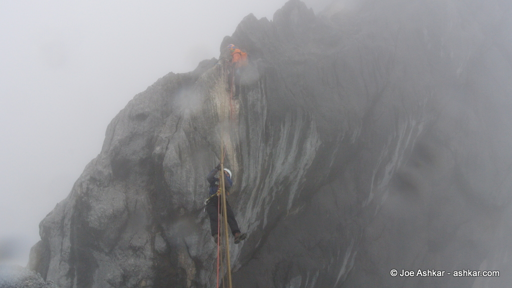 Joe Ashkar traversing the Tyrolean on Carstensz.