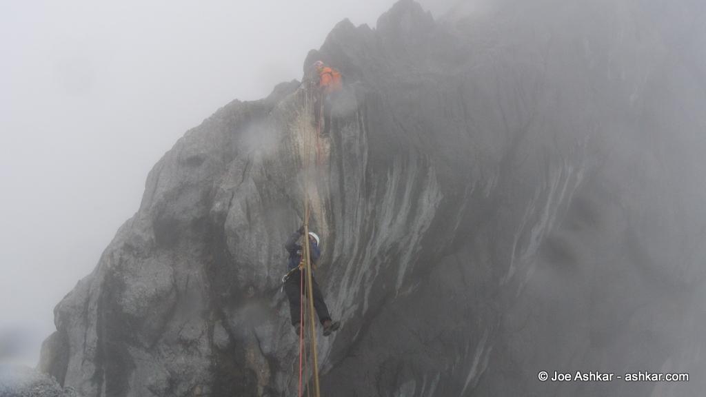 Joe Ashkar traversing the Tyrolean on Carstensz.