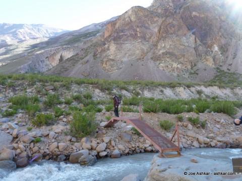 Crossing the Vacas River.