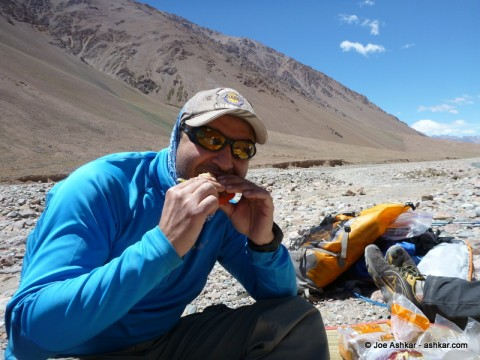 Enjoying a tasty sandwich in the Vacas Valley.