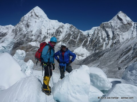 The remaining of the STL Connection in the Khumbu Icefall.